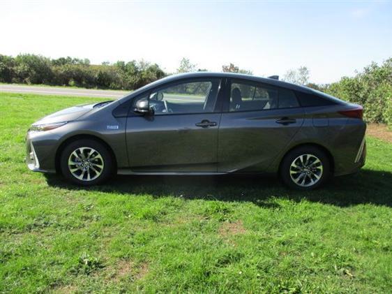 Toyota Prius Plug-in 1,8 B/EL H3 122HK 5d Aut.