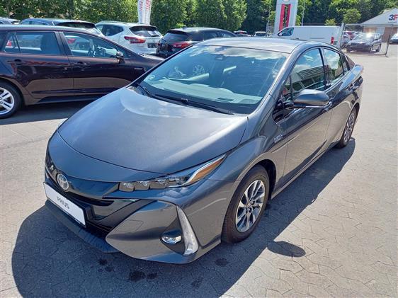 Toyota Prius 1,8 Plug-in H3 122HK 5d Aut.