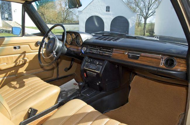 Mercedes-Benz 250CE